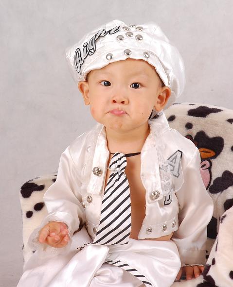 委屈呢 - 儿童模特 - 中国童装网