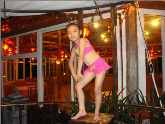超级泳装 - 儿童模特 - 中国童装网