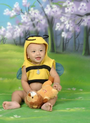 我和我喜欢的布娃娃 - 儿童模特 - 中国童装网