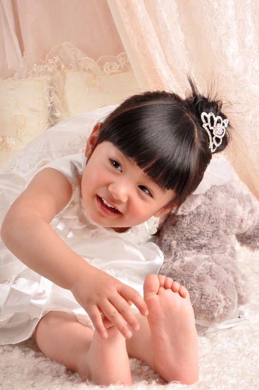 可爱的公主 - 儿童模特 - 中国童装网