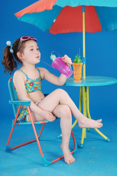 泳装秀 - 儿童模特 - 中国童装网