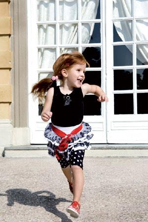 蒙娜丽莎童装 是青少年的服装发展巨擘