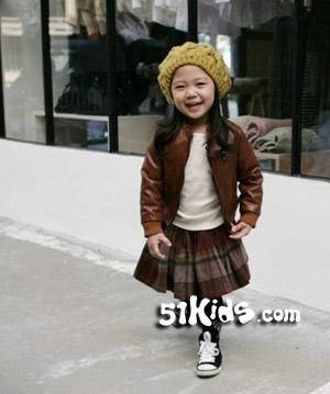 娇俏韩小妞迷人搭 好可爱_服装设计 - 中国童装网
