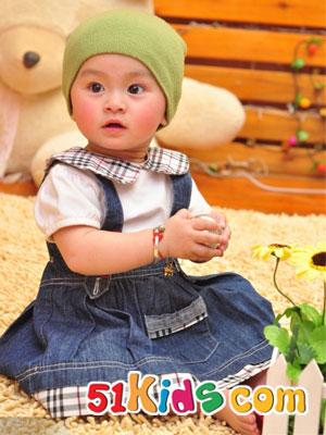 简单装扮同样能打造可爱宝贝_中国童装网 - 中文版;