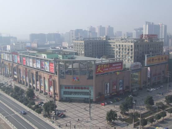 百联天府购物中心