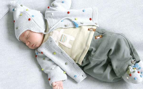 时尚可爱婴儿装 给宝宝最细心呵护(五)