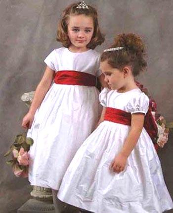 婚礼上时尚可爱小公主